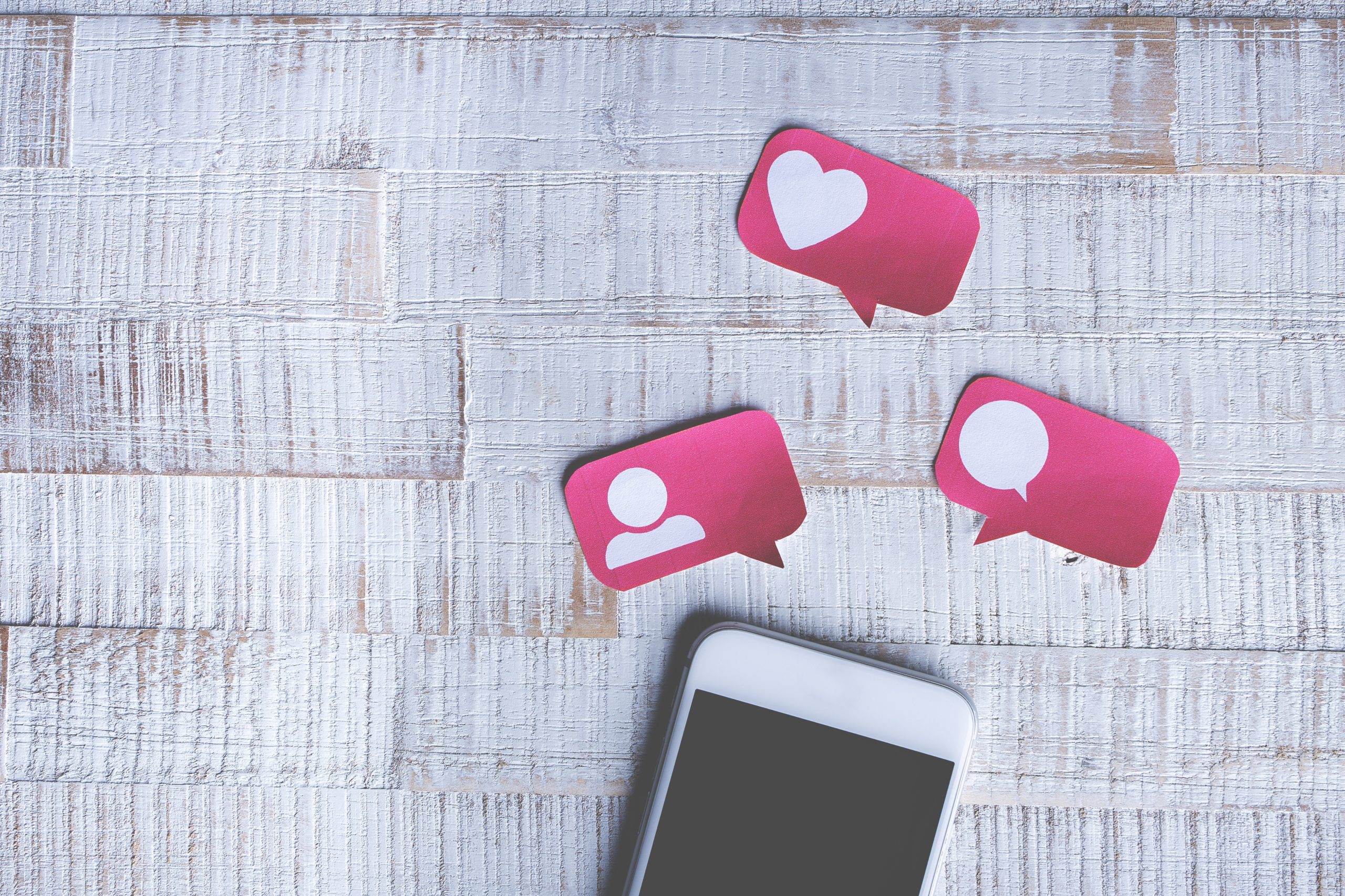 How to Consistently Post Content on Social Media